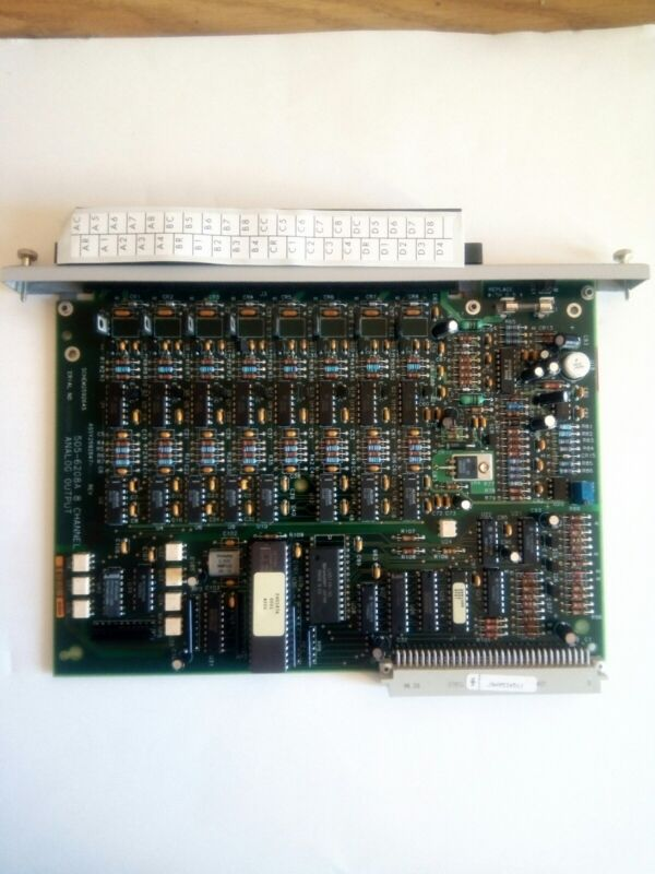 Siemens 505-6208A Texas Instruments PLC 8 Channel Output Module TI Board
