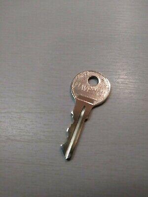 Vendstar 3000 Top Lid Door Key 157 - New Free Ship