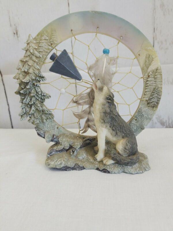 Wolf Windcatcher Figurine