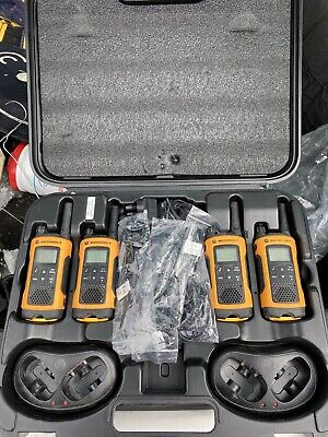 Motorola TLKR T80 Extreme Walkie Talkies- Quad Pack