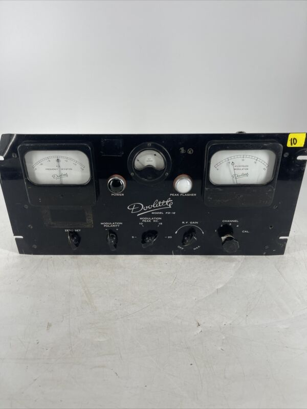 RARE Vintage 1940s Doolittle HAM Radio FD-12 FM Monitor Collectible
