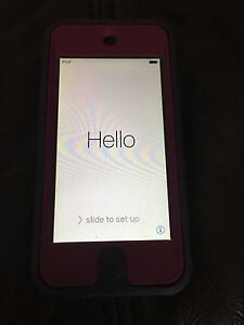 iPod 5th Generation 16GB + Otter Box Case Banora Point Tweed Heads Area Preview