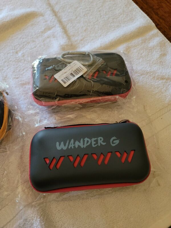 Wander G Huge 30x60 Fast Drying Microfiber Towel With Hard case & Clip -NEW