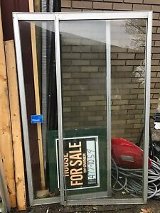 Free aluminum sliding doors two good for greenhouse