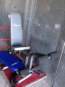 Adjustable leg extension bench and abs bench Wattle Grove Liverpool Area Preview
