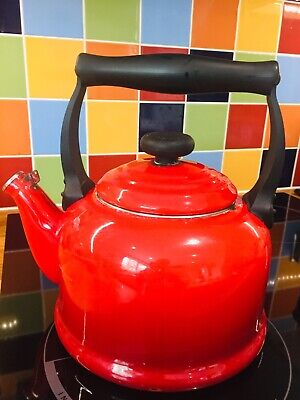 Traditional Stove Top Hob Le Creuset Kettle Red 2.1 Litres Red Vintage Style