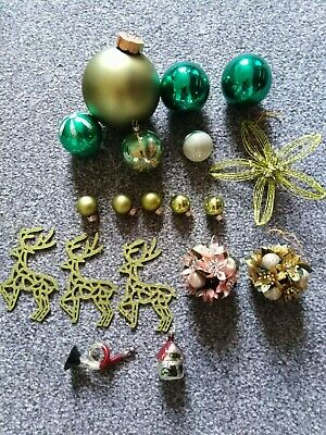 13 Vintage Christmas Tree Glass Baubles Plus 6 Various Decorations