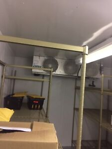 Walk in freezer / cooler in clean and excellent condition