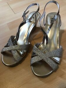 Gold High Heel Shoes - Size 9
