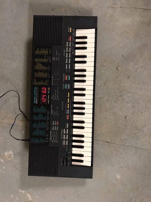 VTG Yamaha Portasound PSS-480 Music Station Keyboard Digital Synthesizer WORKS!!