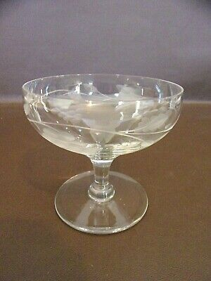 Etched Glass Pedestal Style Dish With Grape Cluster Design (#14A062)