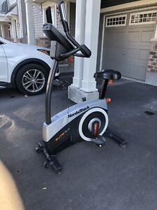 NordicTrack ELITE 4.4 Upright Exercise Bike Cycle