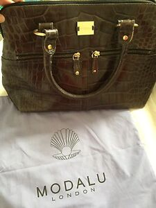 "Authentic Modalu London ""Pippa"" Bag- Oyster colour"