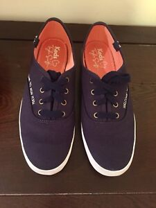 Keds Taylor Swift dark blue size 6.5 excellent condition