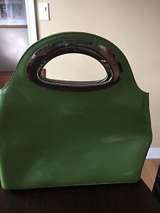 Purse, lime green, good condition barely used