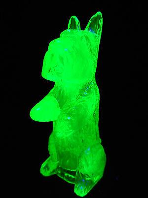 Green Vaseline uranium glass MAC Scottie dog paperweight Scottish terrier puppy