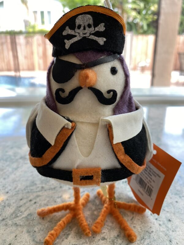 2020 Target Halloween Hyde & Eek Clipper Pirate Fabric Decorative Figurine Bird