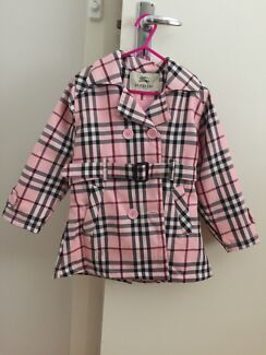 Burberry jacket with detachable hood Albert Park Charles Sturt Area Preview