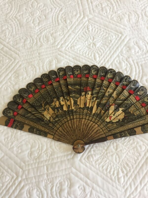 Antique Chinese Gilt Lacquer Fan Brise 19th Century