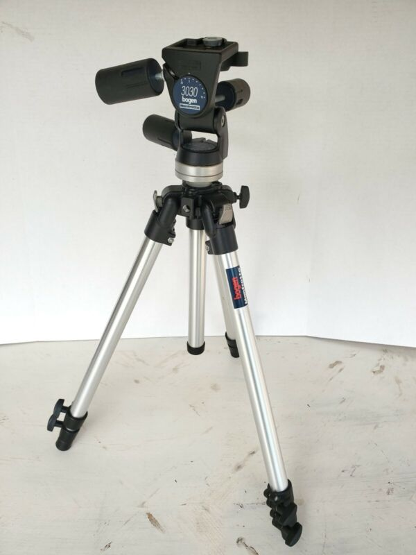 Bogen Manfrotto 3001 Professional Tripod with Bogen 3030 Pan Tilt Head Italy