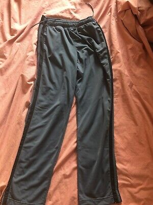 men nike joggers Size Medium