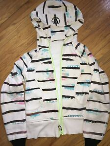 Lulu lemon sweater size 8