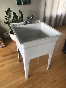 Like new set tub