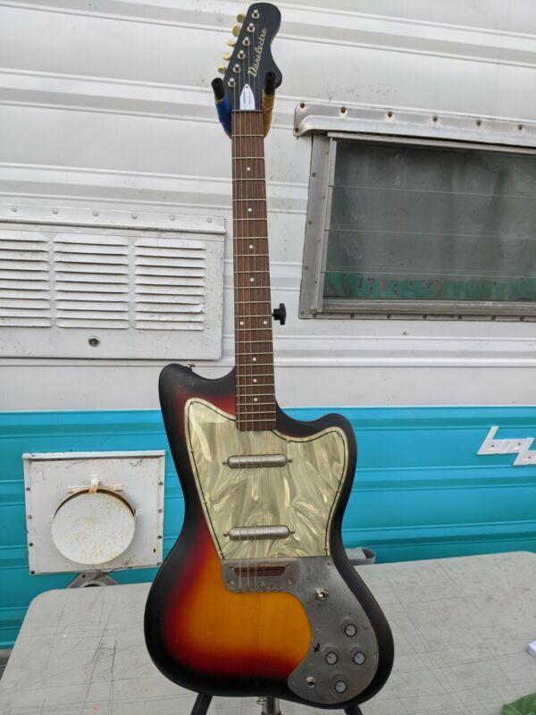 Danelectro Dead On 67 Hornet Electric Guitar Reissue