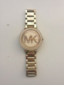 SELLING • Gold Link Michael Kors Watch