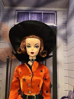 HALLOWEEN HAUNT BARBIE DOLL - Limited