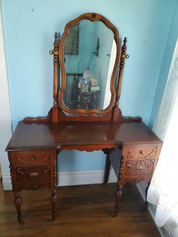 Antique Vanity Mirror Dressing Table. Amazing Condition!!