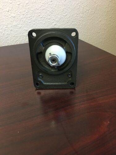 REXROTH BOSCH 510215306 HYDRAULIC GEAR PUMP FOR CASE