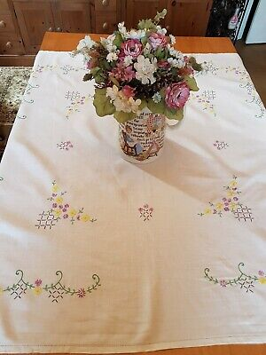 Vintage Embroidered Linen Tablecloth, Approx 105cm x 105cm
