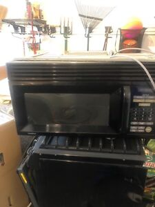 Microwave Extractor and Oven with Gas Hob set