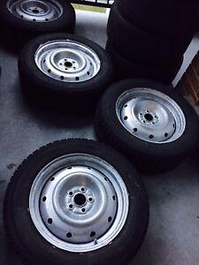 4 pneus sur rims : TOYO OBSERVE G-02 PLUS 215 60R16 Neufs