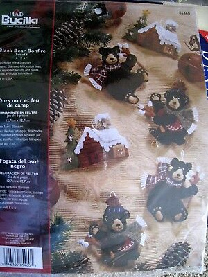 Bucilla Christmas Felt Applique Holiday Ornament Kit,BLACK BEAR BONFIRE,85460