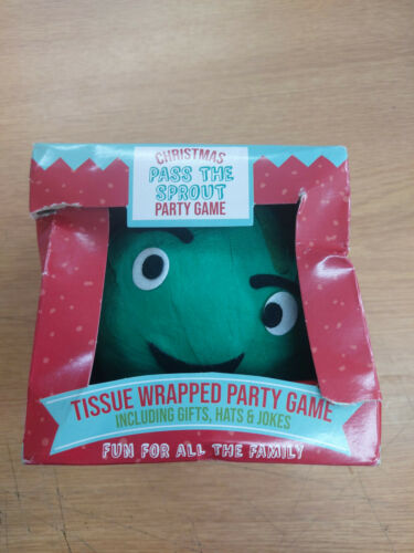 Christmas Pass The Parcel Game - Sprout