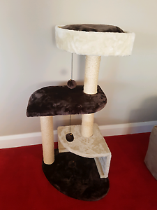 Cat Deluxe Scratch pole perch Karrinyup Stirling Area Preview