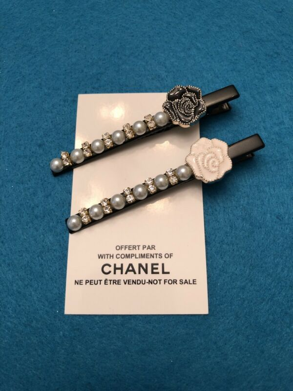Chanel Beaute Vip Promo Hair Clips