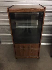 Stereo record cabinet