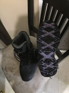 Columbia boots size 10.5