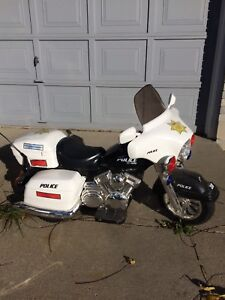 Kids ride-on police motorcycle