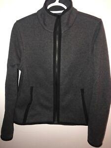 Lululemon fleece jacket size 6