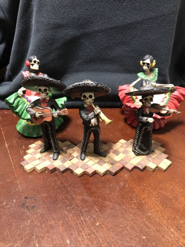 Skeleton Mariachi Band And Dancers Day of the Dead Dia de Los Muertos Figurine