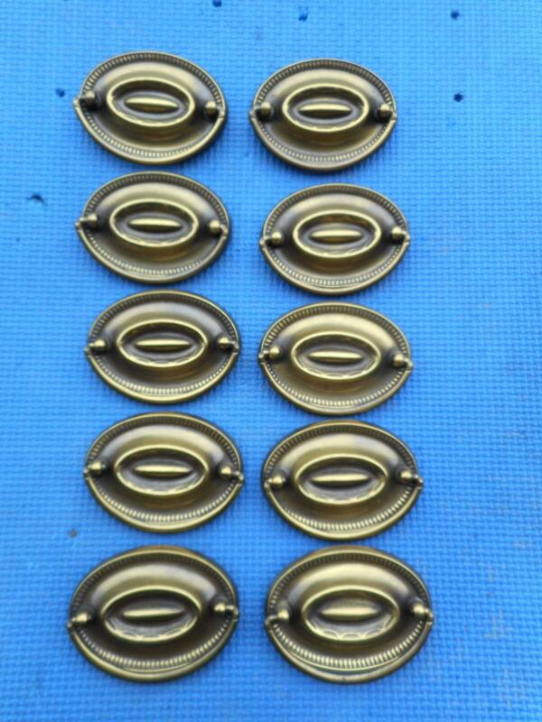 "10 Vintage Aged Brass Furniture Drawer Pulls Hepplewhite Style NOS 2.5"" C to C"