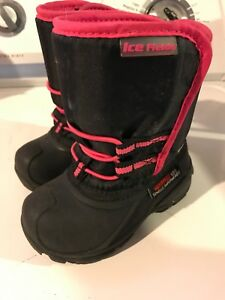 Boots Toddler, see ad for sizes.