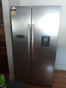 Hisense fridge/freezer just 6 months old