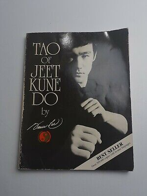 TAO OF JEET KUNE DO By BRUCE LEE Pre-Owned