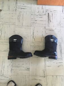 Size 10.5 Helly Hanson  steel toed work boots