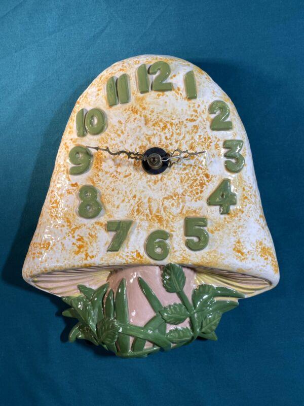 Vintage 1970's Retro Arnel's Ceramic Mushroom Wall Clock, White /Yellow